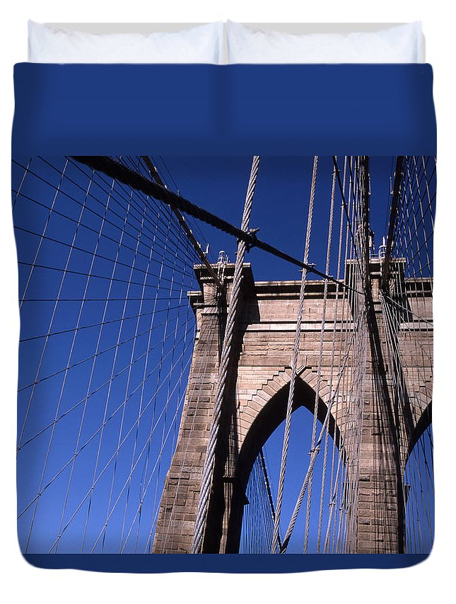 Landscape Brooklyn Bridge New York City Duvet Cover featuring the photograph Cnrg0406 by Henry Butz