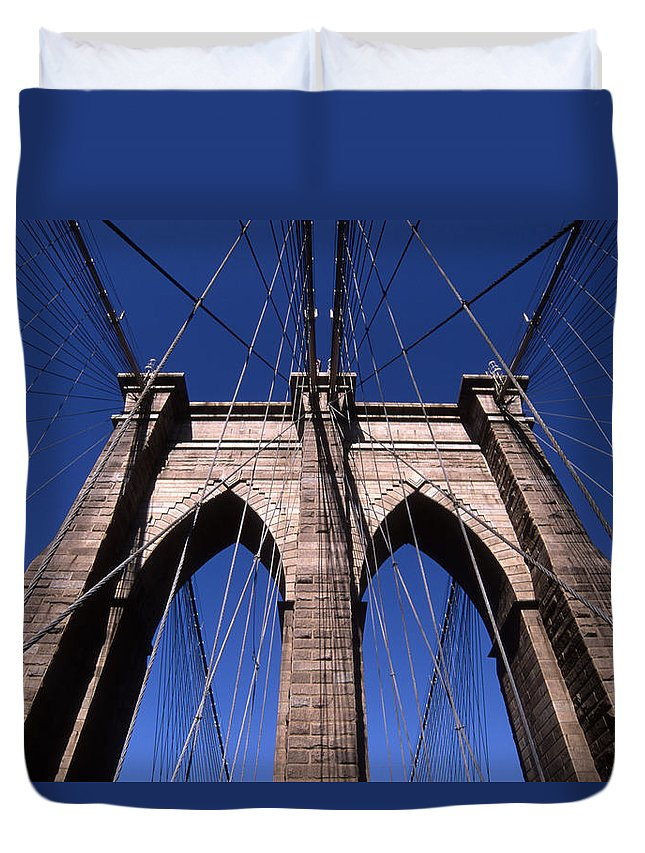 Landscape Brooklyn Bridge New York City Duvet Cover featuring the photograph Cnrg0409 by Henry Butz
