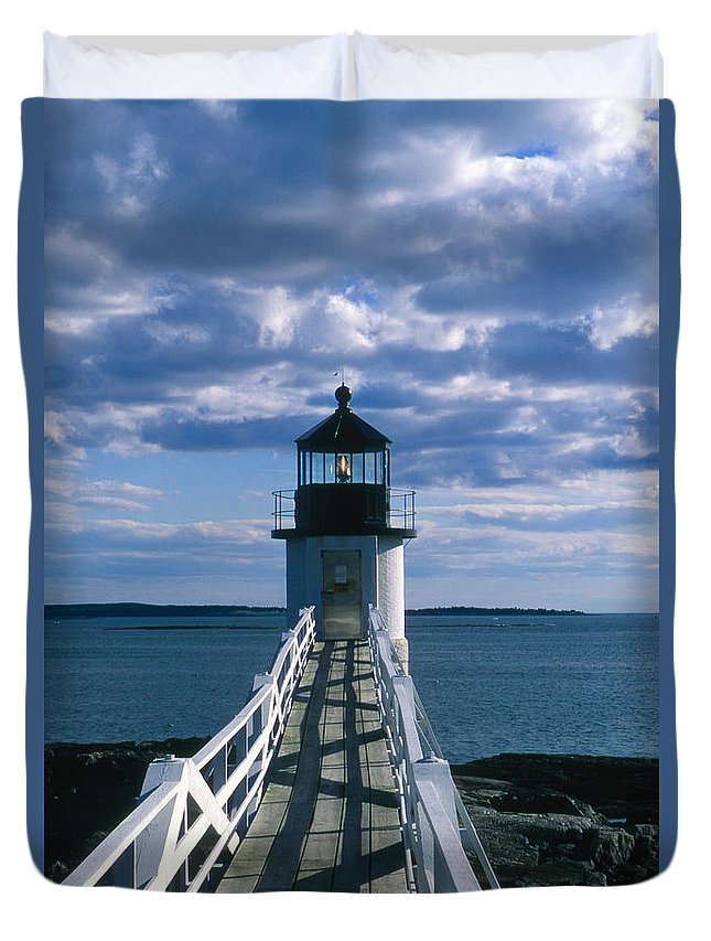Landscape Lighthouse New England Marshall Point Light Port Clyde Duvet Cover featuring the photograph Cnrh0603 by Henry Butz
