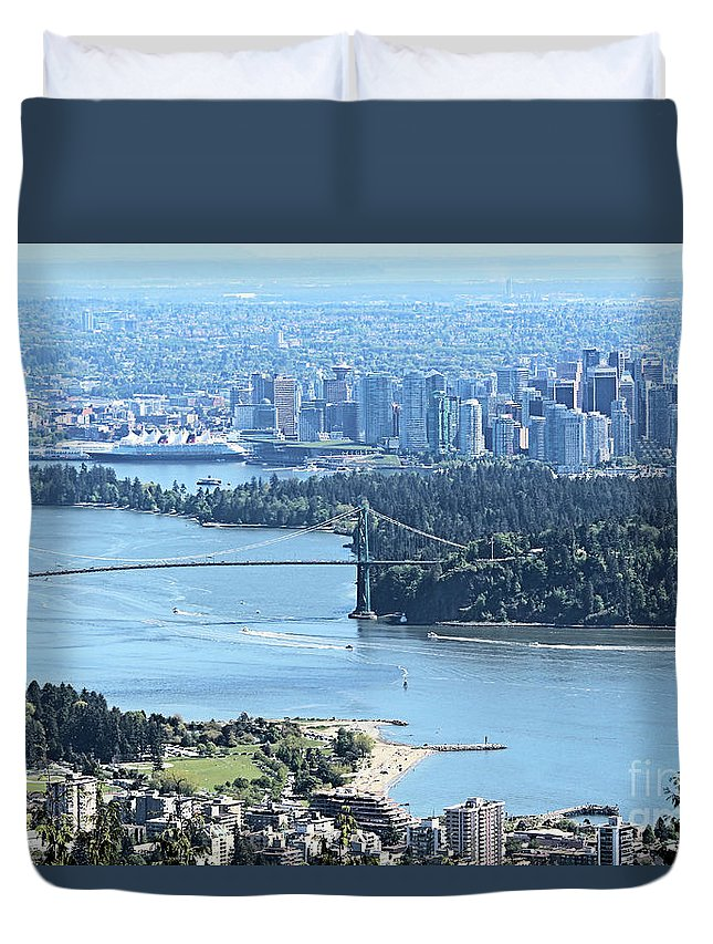 Vancouver Duvet Cover featuring the photograph Coal Harbour by Victor K