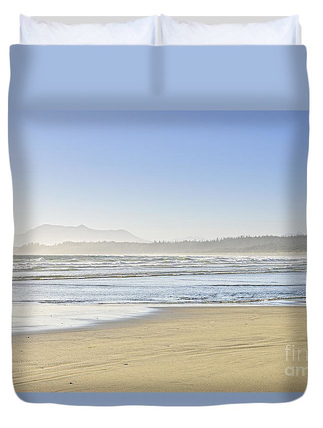 Pacific Duvet Cover featuring the photograph Coast Of Pacific Ocean On Vancouver Island by Elena Elisseeva