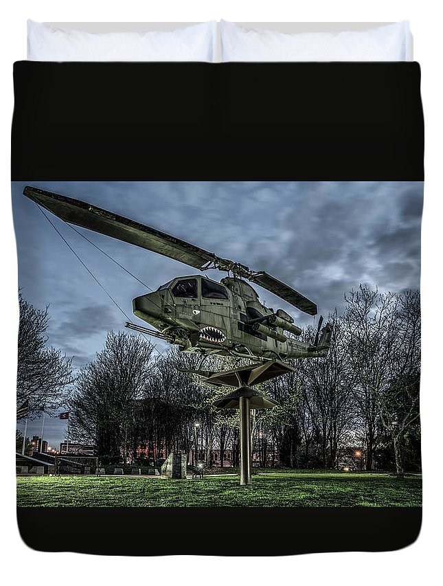 Cobra Helicopter At The Cumberland Memorial Park Duvet Cover featuring the photograph Cobra Helicopter Bristol Va by Dion Wiles