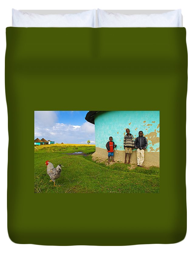 Skip Duvet Cover featuring the photograph Cocky by Skip Hunt