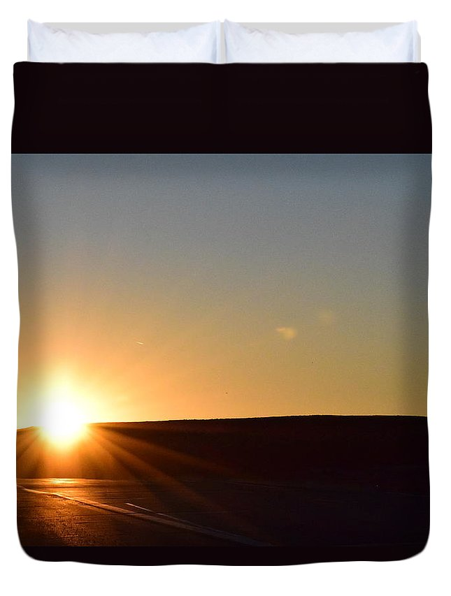 Duvet Cover featuring the photograph Cold Arizona Sunset by Curtis Willis