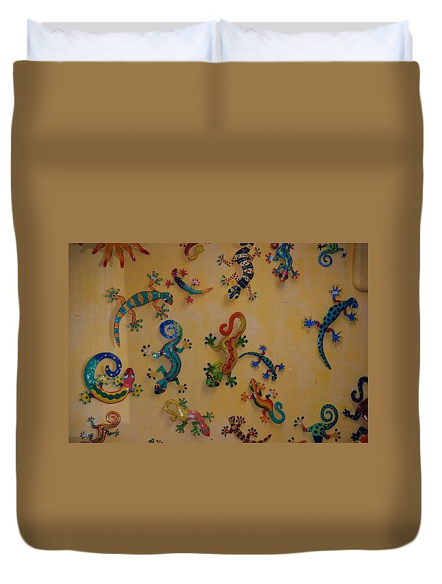 Pop Art Duvet Cover featuring the photograph Color Lizards On The Wall by Rob Hans