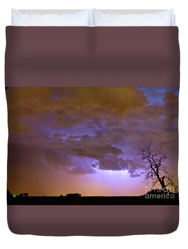 Tree Duvet Cover featuring the photograph Colorado Cloud To Cloud Lightning Thunderstorm 27g by James BO Insogna