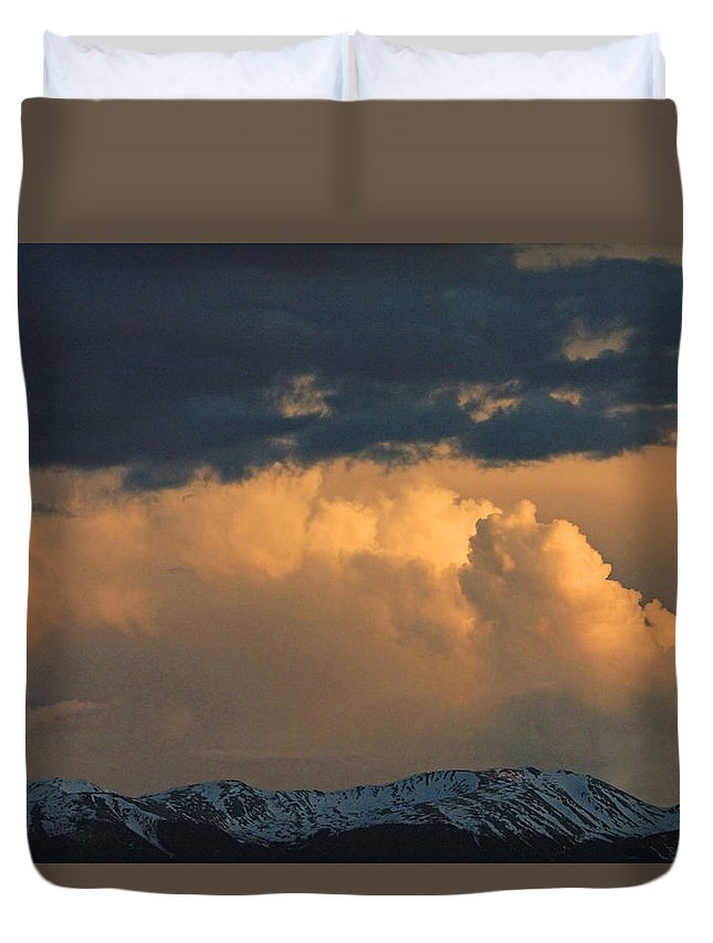 Clouds Duvet Cover featuring the photograph D10465-colorado Sky by Ed Cooper Photography