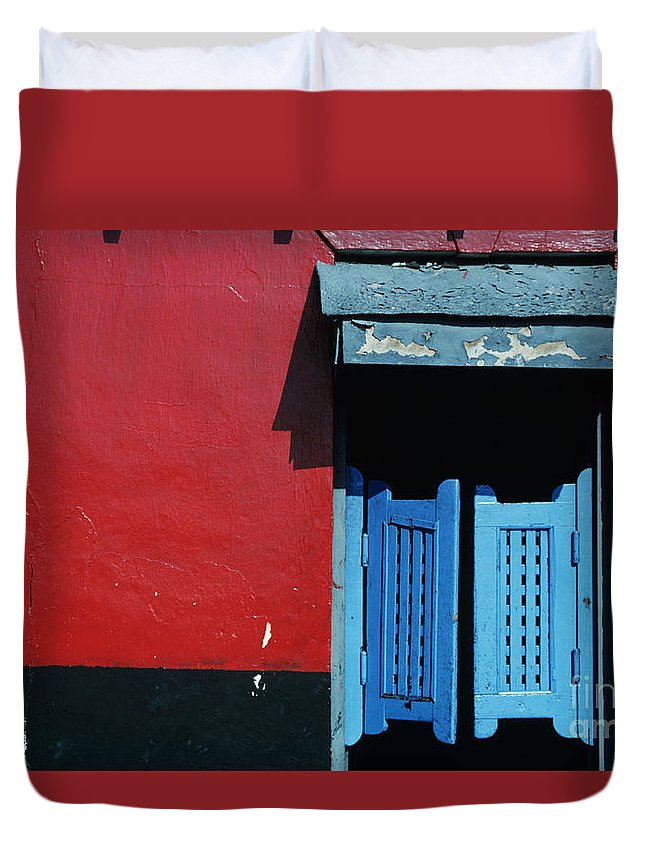 Architecture Duvet Cover featuring the photograph Colorful Caribbean Door by Larry Dale Gordon - Printscapes