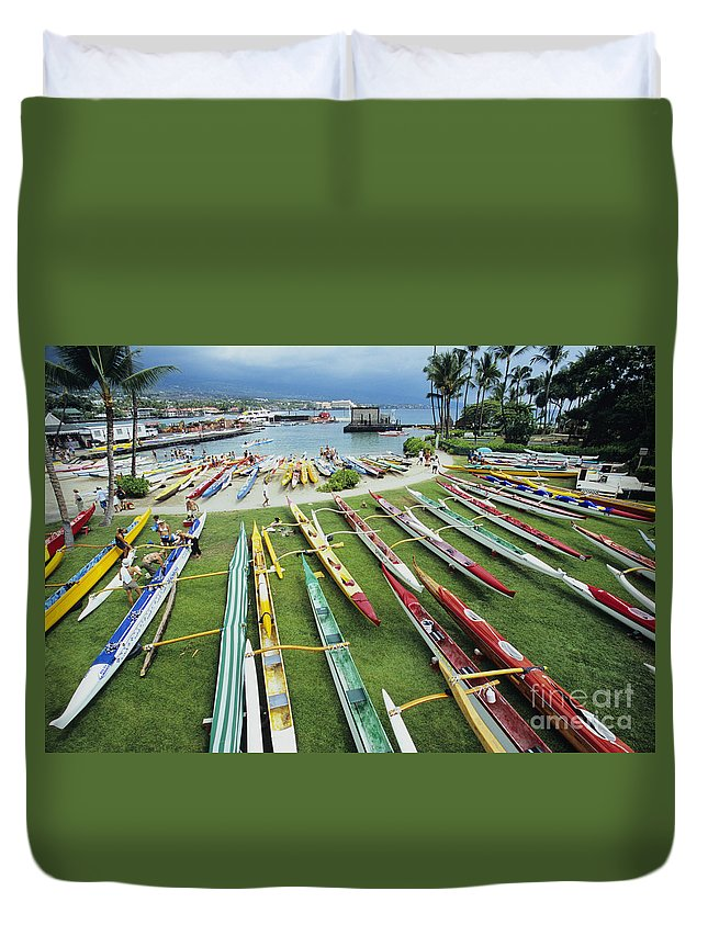 Aku Duvet Cover featuring the photograph Colorful Outrigger Canoes by Joss - Printscapes