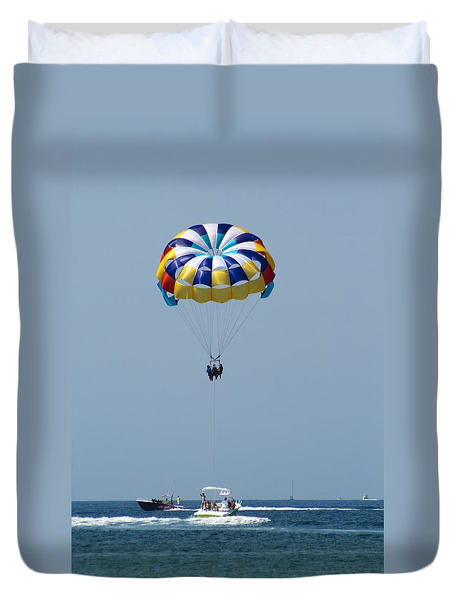 Parasailing Duvet Cover featuring the photograph Colorful Parasailing by Kathy Clark