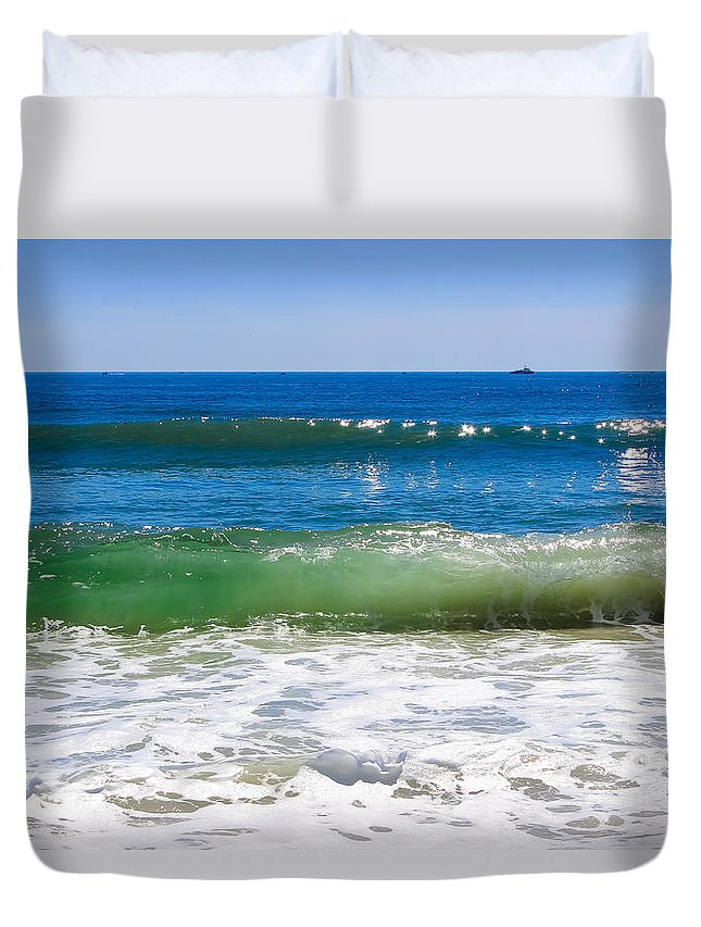 Ocean Duvet Cover featuring the photograph Colors Of The Sea by Colleen Kammerer