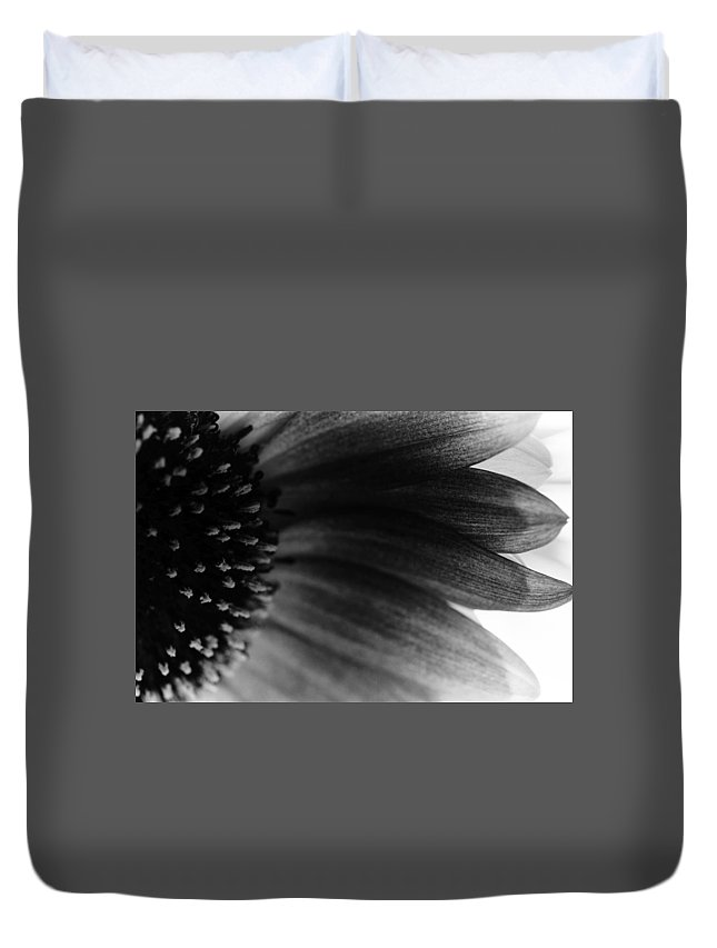 B&w Duvet Cover featuring the photograph Colourless by Peter Ramirez