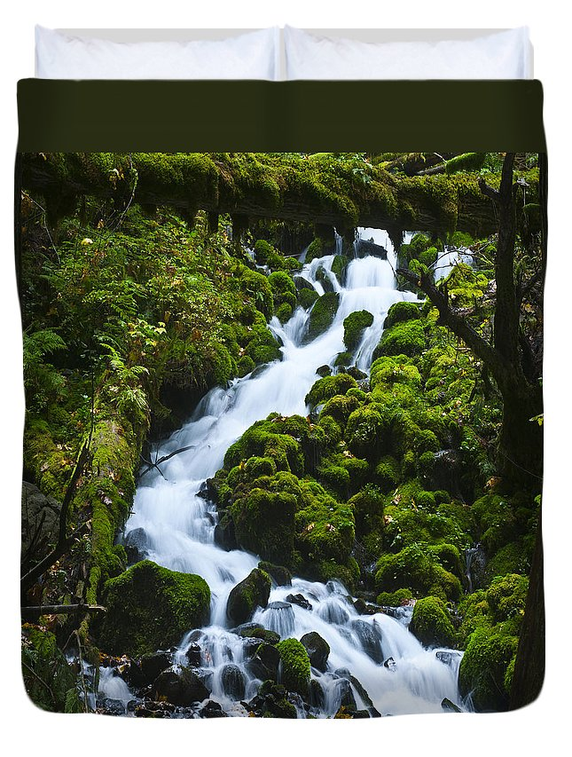 Clearwater Falls Duvet Cover featuring the photograph Columbia Gorge 1 by Ingrid Smith-Johnsen
