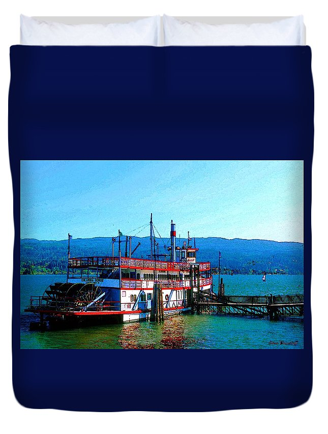 Oregon Duvet Cover featuring the photograph Columbia Sternwheeler by Steve Warnstaff