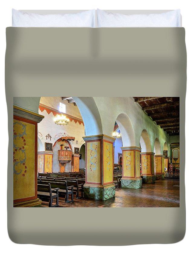 Landscape Duvet Cover featuring the photograph Columns At San Juan Bautista Mission by Javier Flores