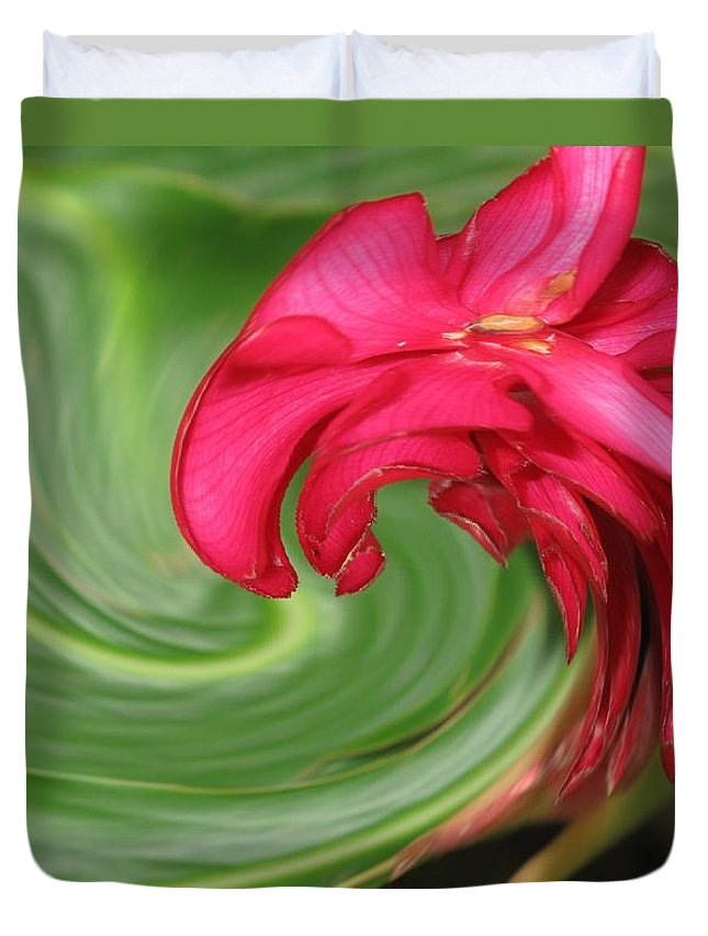 Flower Duvet Cover featuring the photograph Come To Me by Ian MacDonald