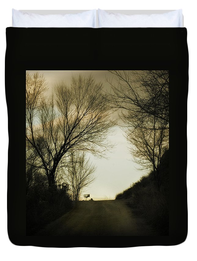 Rural Duvet Cover featuring the photograph Coming Up The Drive by Marilyn Hunt