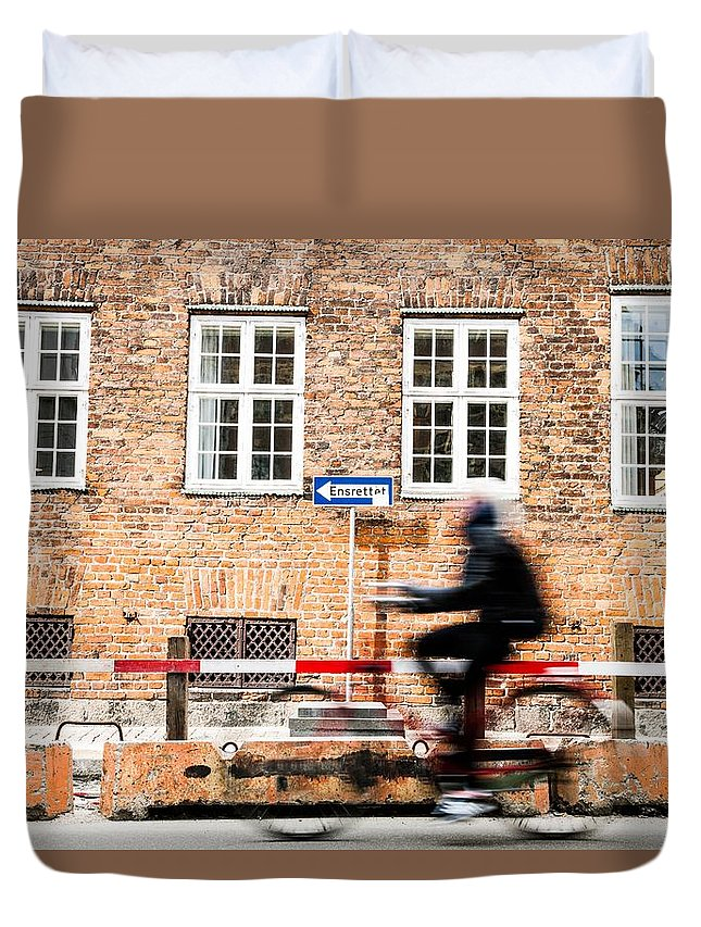 Bycicle Duvet Cover featuring the photograph Commuter Going To Work By Cycle In Copenhagen by Leonardo Patrizi