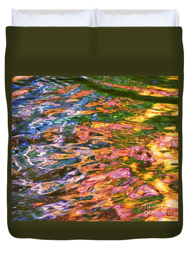 Water Art Duvet Cover featuring the photograph Competitive Forces by Sybil Staples