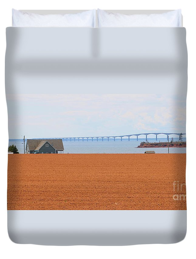 Prince Edward Island Duvet Cover featuring the photograph Confederation Bridge 5534 by Jack Schultz