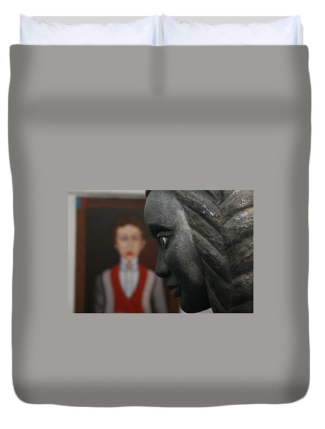 Pais Abril Duvet Cover featuring the photograph Confrontation Of Two Artworks by Madalena Lobao-Tello