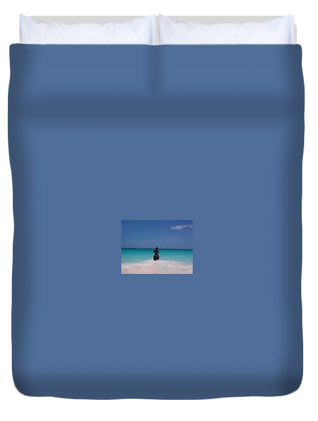 Charity Duvet Cover featuring the photograph Cool Off Man by Mary-Lee Sanders