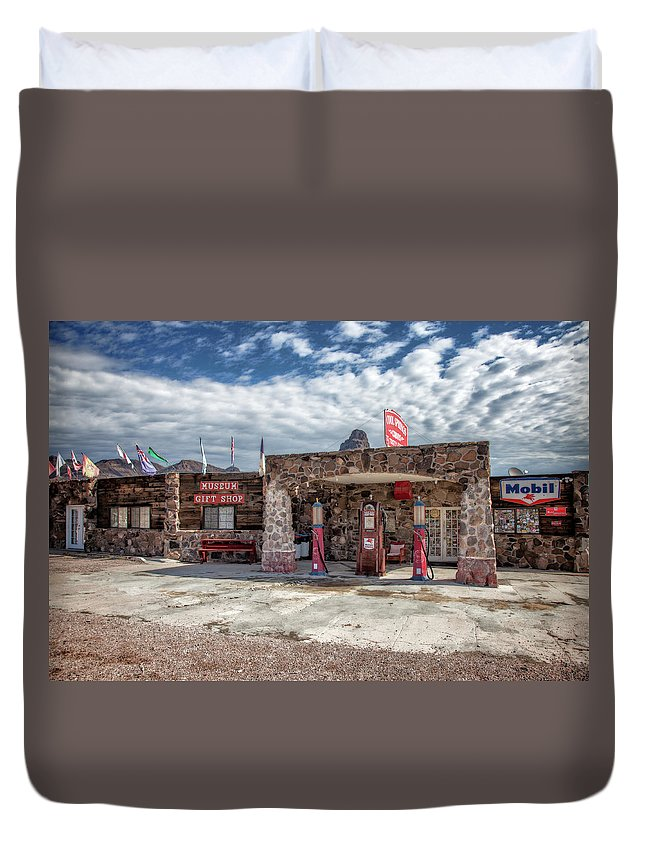 122 Curves From Oatman Duvet Cover featuring the photograph Cool Springs Arizona by Diana Powell