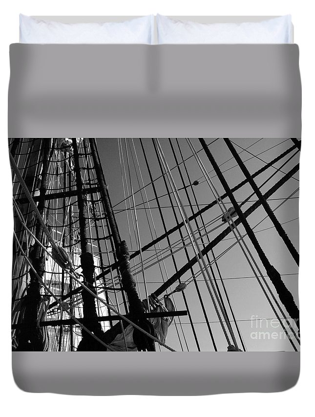 Maritime Duvet Cover featuring the photograph Cordage by Linda Shafer