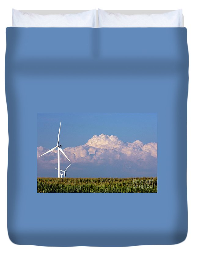 Art Duvet Cover featuring the photograph Cornergy by Alan Look