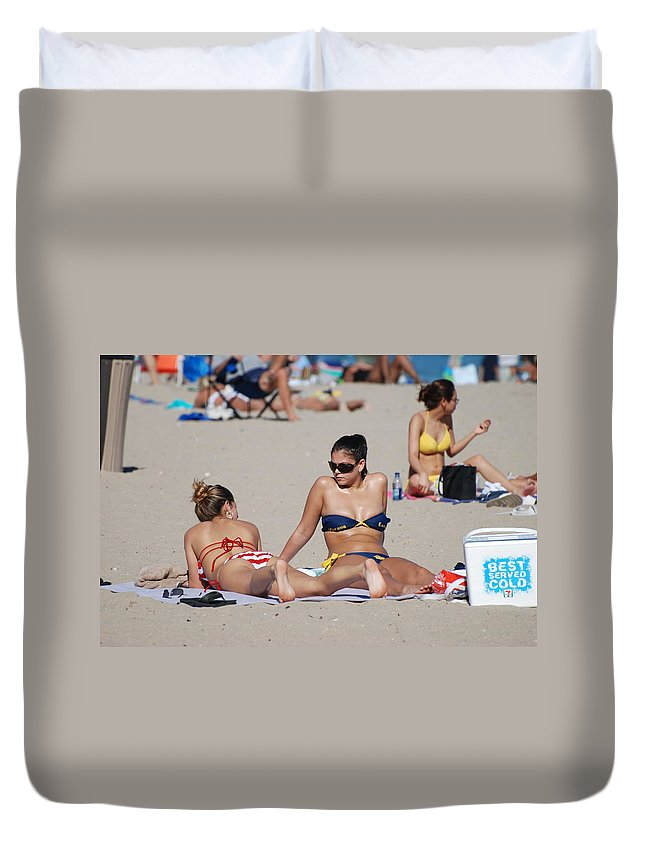 Girls Duvet Cover featuring the photograph Corona Strips by Rob Hans