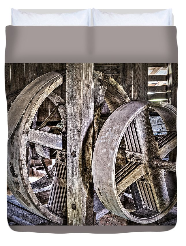 Cotton Gin Pulleys Duvet Cover