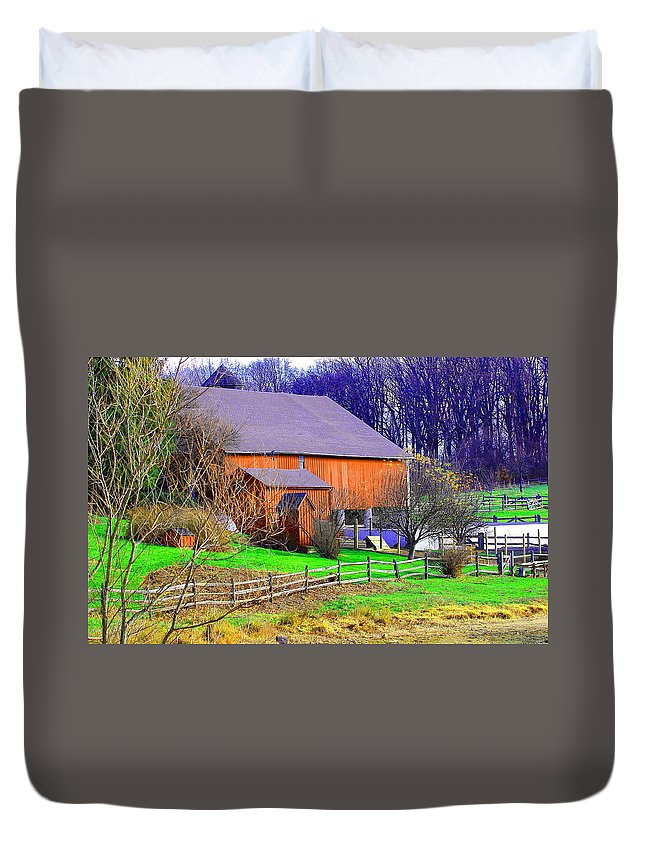Landscape Duvet Cover featuring the photograph Country Barn by David Rosenthal