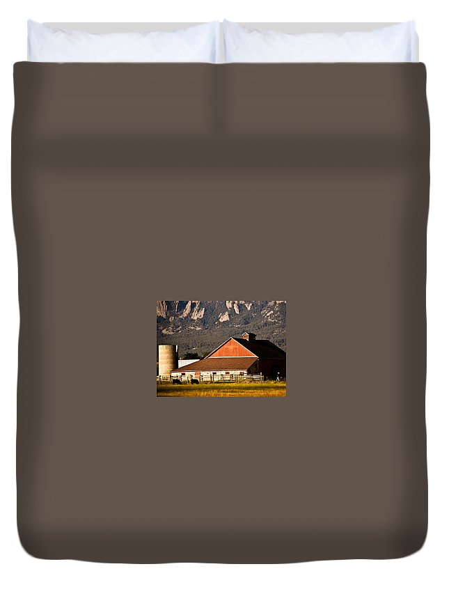Americana Duvet Cover featuring the photograph Country Living Boulder County by Marilyn Hunt