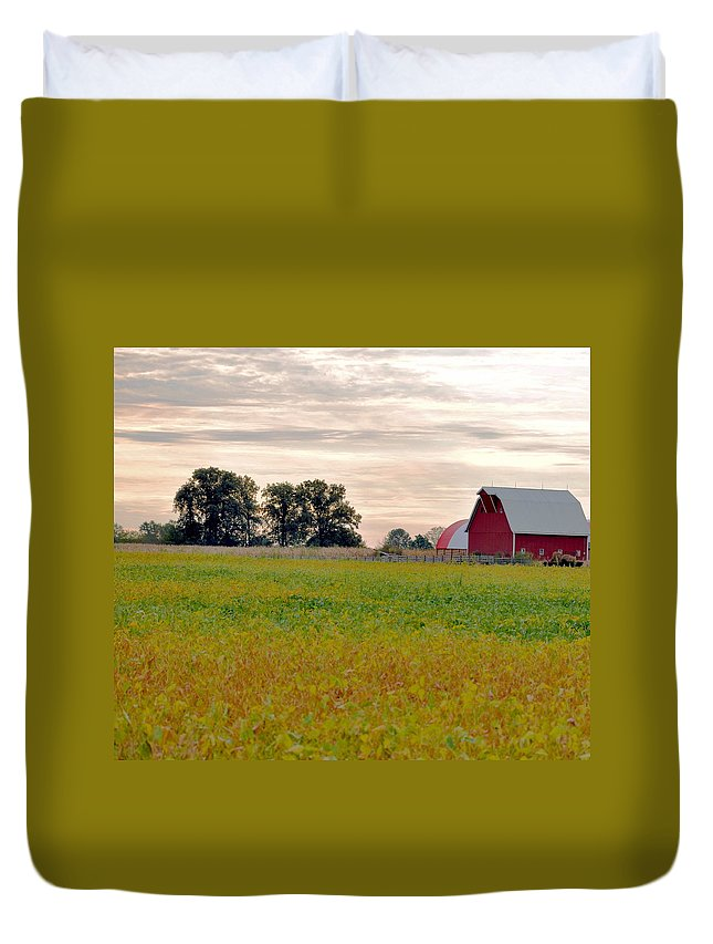 Barn Duvet Cover featuring the photograph Country Living by Brittany Horton