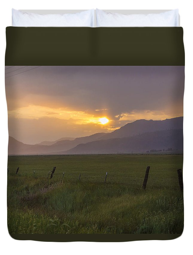 Landscape Duvet Cover featuring the photograph Country Serenity by Jeremy Jensen