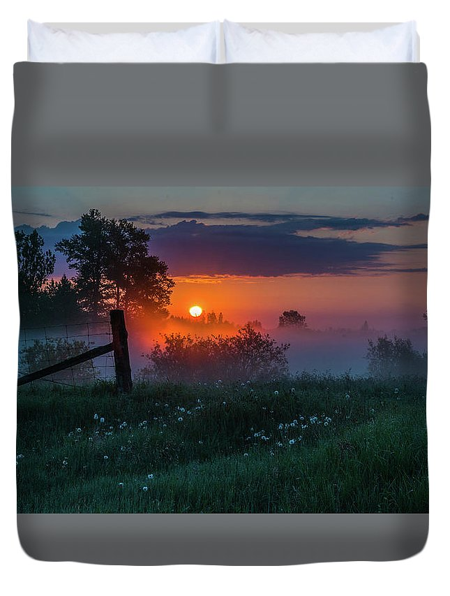 Sunrise Duvet Cover featuring the photograph Country Sunrise by Linda Ryma
