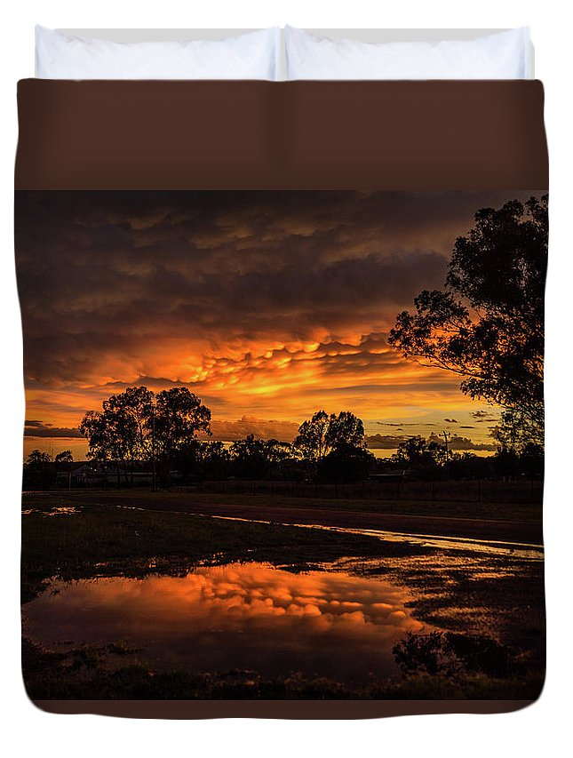 Sunset Duvet Cover featuring the photograph Country Sunset by Graeme Mell
