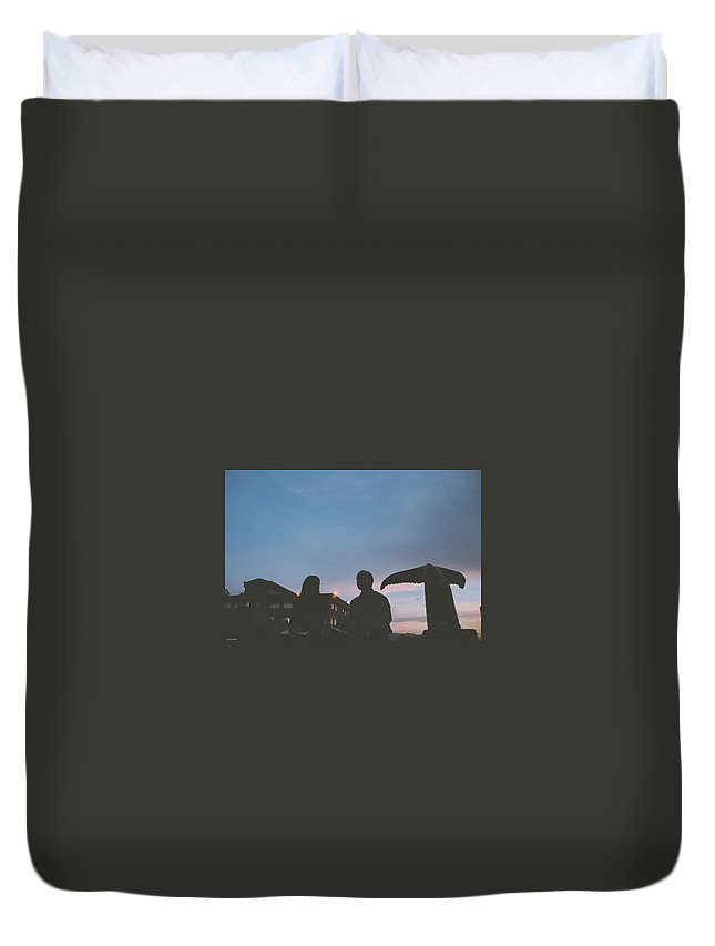 Wall Duvet Cover featuring the photograph Couple And Cetacean by David Cardona