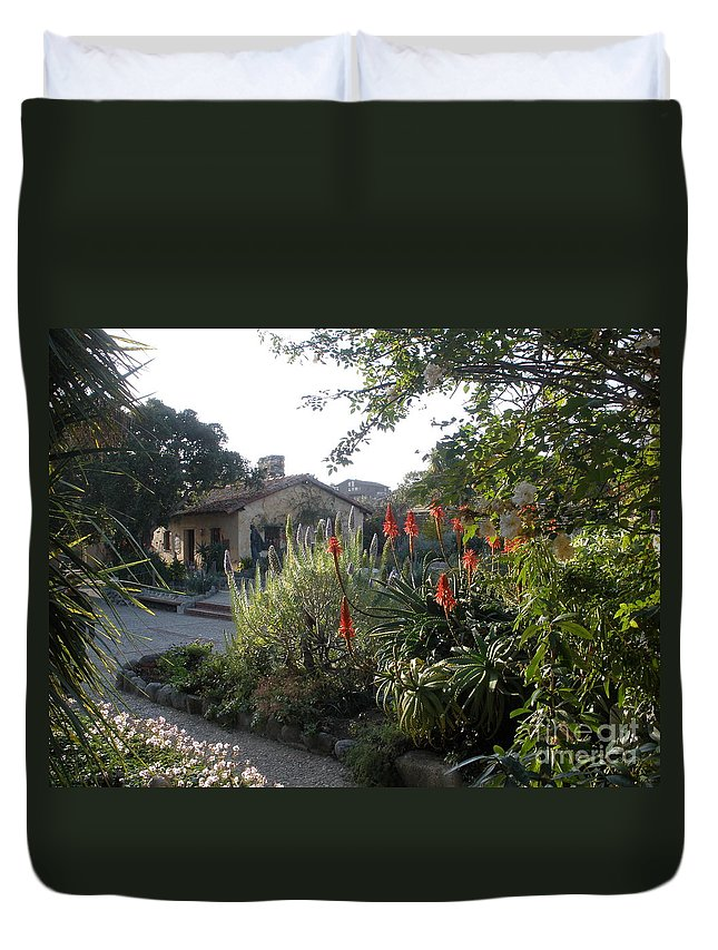 Church Duvet Cover featuring the photograph Court Yard At Mission Carmel by Jeanie Watson
