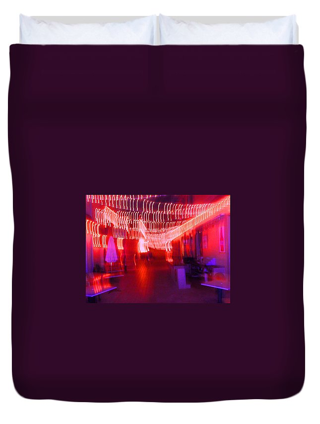 Photograph Duvet Cover featuring the photograph Courtside Lounge 2 by Thomas Valentine