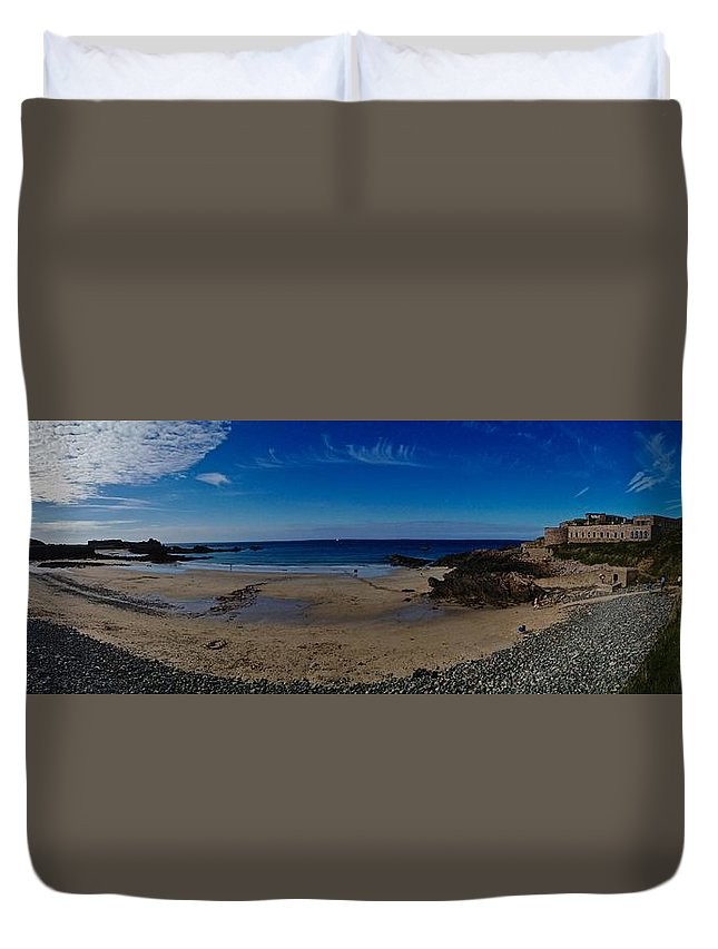 Crabby Duvet Cover featuring the photograph Crabby Bay by Lloyd Southam Sebire
