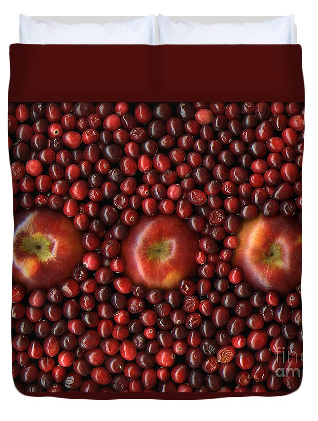 Slanec Duvet Cover featuring the photograph Cranapple by Christian Slanec