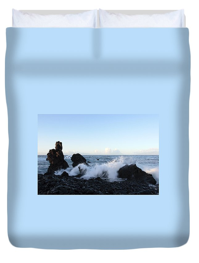 Waves Duvet Cover featuring the photograph Crashing Wave by Phil Crean