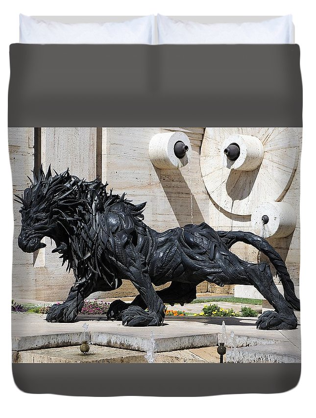 Lion Duvet Cover featuring the photograph Creature by Giro Tavitian