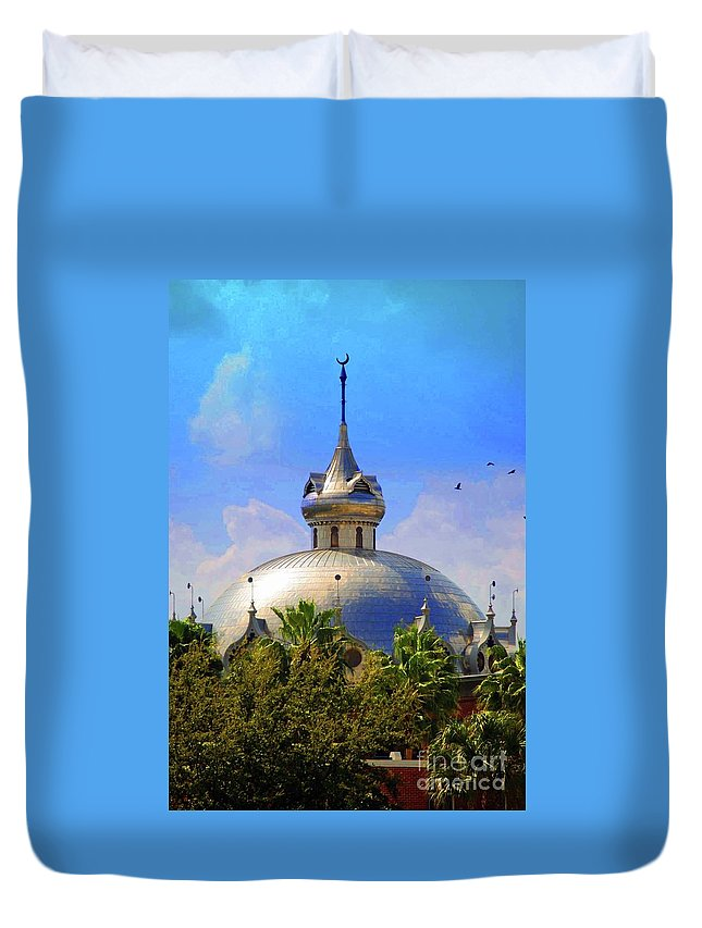 University Of Tampa Duvet Cover featuring the photograph Crescent Of The Dome by Jost Houk