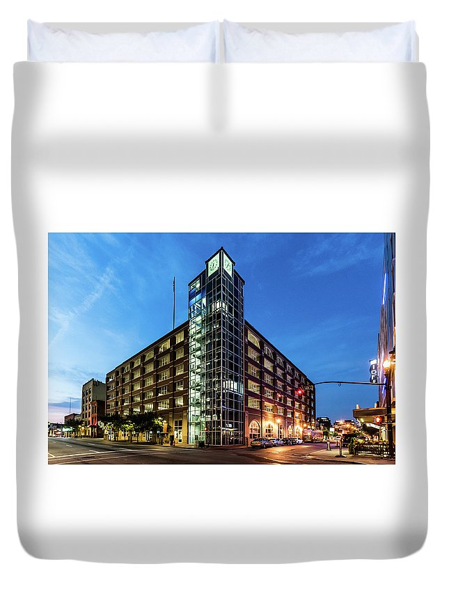 2017 Duvet Cover featuring the photograph Cressman Center by Randy Scherkenbach