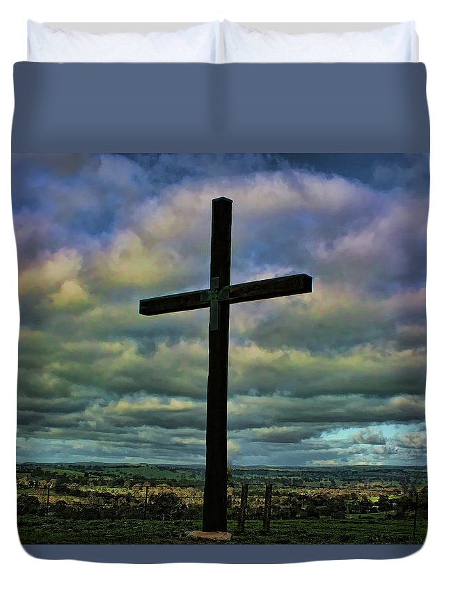 Cross Duvet Cover featuring the photograph Cross Without Words by Douglas Barnard