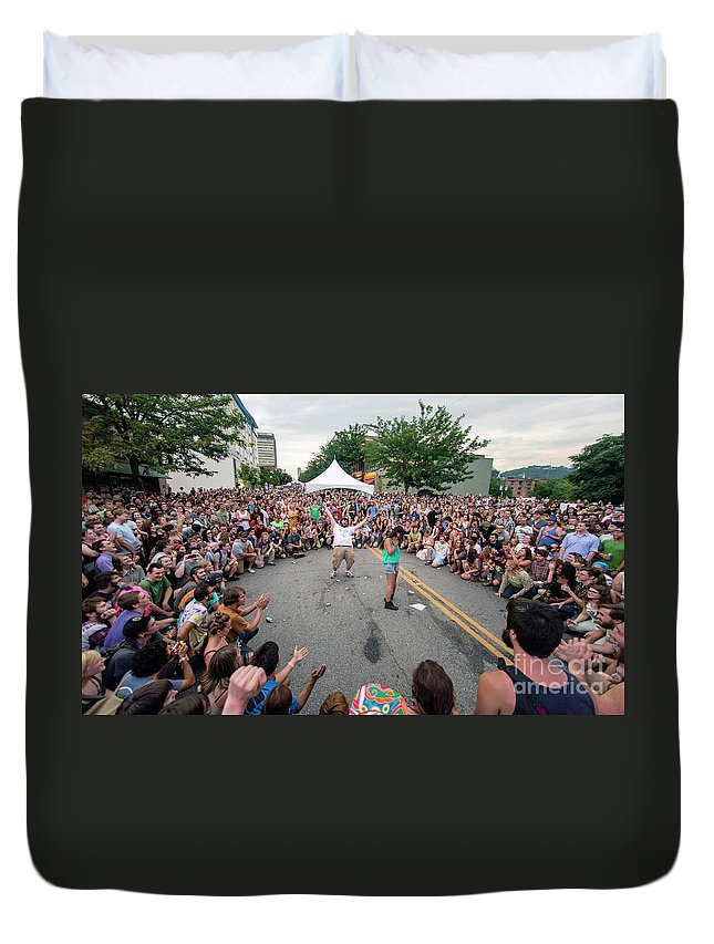 Asheville Duvet Cover featuring the photograph Crowd At Bele Chere Festival by David Oppenheimer