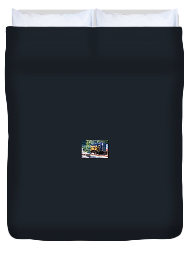 This Is A Photo Of A Csx Train Rounding The Bend Duvet Cover featuring the photograph Csx Train Rounding The Bend by William Rogers