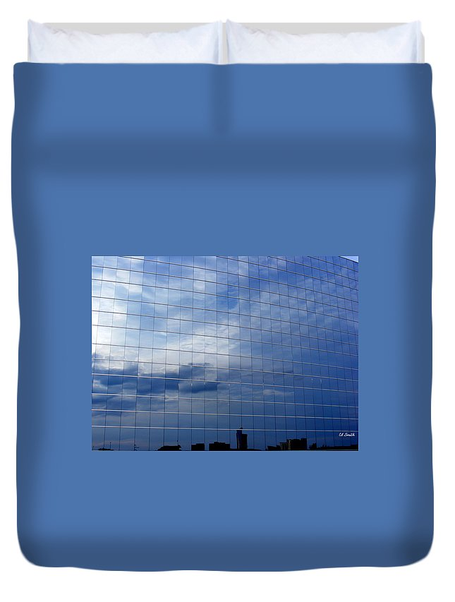 Cubed Duvet Cover featuring the photograph Cubed by Ed Smith